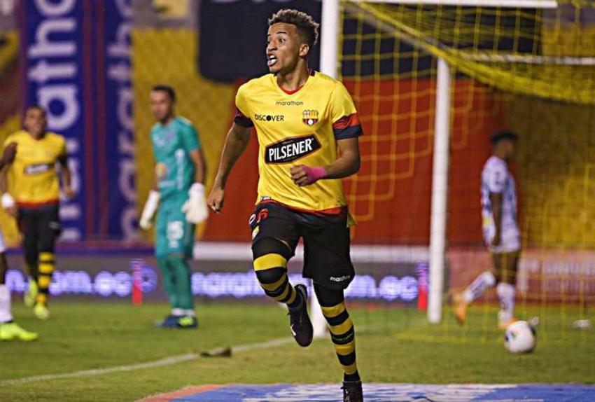 Vicepresidente de BSC desmiente oferta de Boca Juniors por Byron Castillo