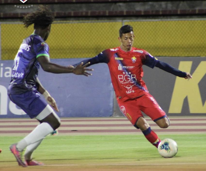 El Nacional derrotó a Guayaquil Sport en el Olímpico Atahualpa