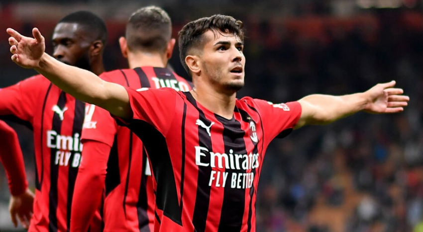 (VIDEO) El Milan sigue líder tras vencer 2-0 al Venezia