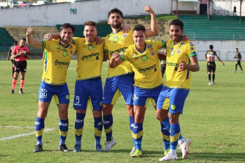 Gualaceo venció a Cumbayá en el estadio Gerardo León Pozo