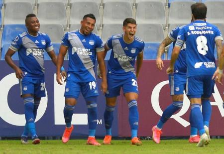 (VIDEO) Tres jugadores de Emelec no viajaron hasta Argentina
