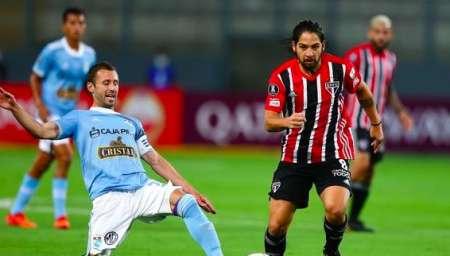 Sao Paulo empezó la Libertadores con pie derecho; Arboleda fue titular