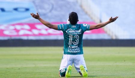 (VIDEO) Un gol y una asistencia de Ángel Mena no fueron suficientes en la derrota del León