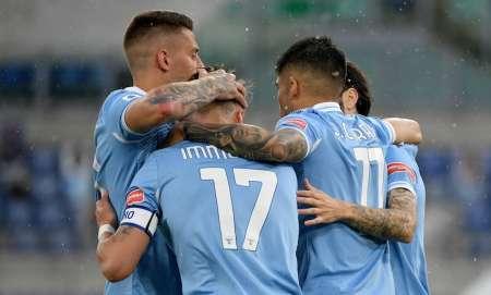 Felipe Caicedo ni entre los suplentes en la goleada de la Lazio