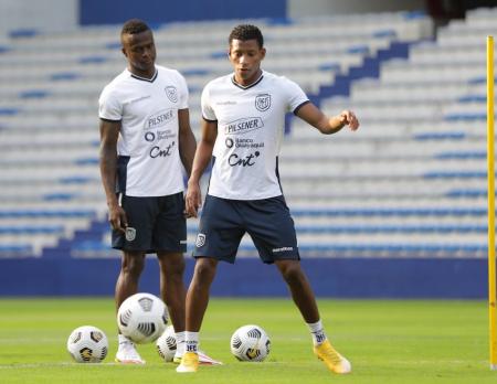 (FOTO) Jugadores de la selección entrenaron en el Capwell