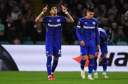 (VIDEO) Piero Hincapié anota un gol en la Europa League