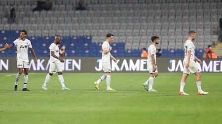 (VIDEO) Fenerbahçe cayó derrota contra Istanbul BB