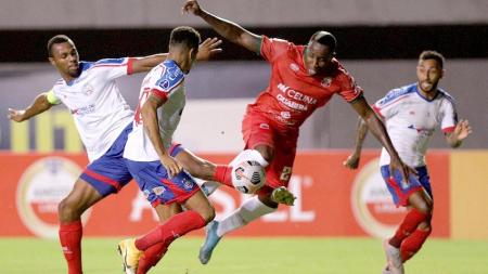 (VIDEO) Nuevo gol de Kevin Mina en Bolivia