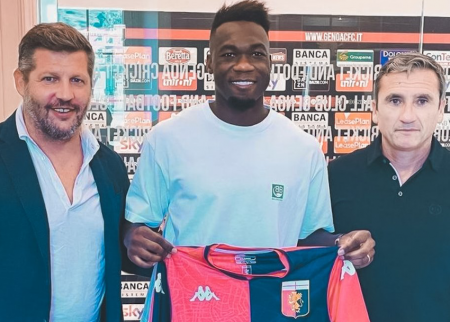 Felipe Caicedo sigue siendo duda para debutar con Genoa