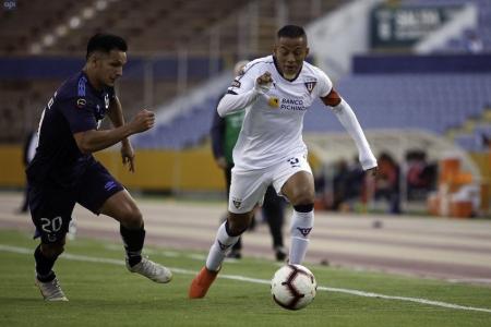 Esto respondió FIFA ante la demanda de Liga de Quito a Jefferson Intriago