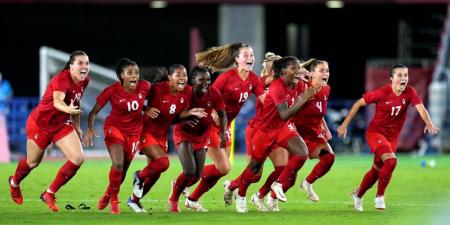 Canadá gana su primera medalla de oro en fútbol femenino de los Juegos Olímpicos