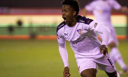 Djorkaeff Reasco,  candidato a la figura de la semana en la Copa Sudamericana