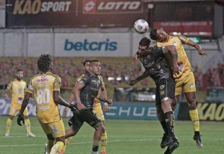 (VIDEO) Delfín venció a Deportivo Cuenca en un partido llenos de goles