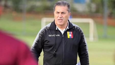(FOTO) Venezuela se queda sin entrenador tras renuncia de José Peseiro