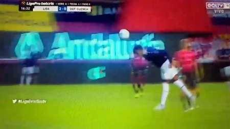 (VIDEO) Djokaeff Reascos marcó un golazo de 'palomita'