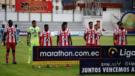 (FOTO) Colombiano que llega de Europa jugaría en la LigaPro