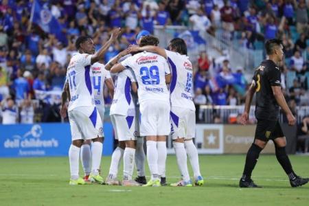 Cruz Azul venció 2-1 a León y se coronó como el Campeón de Campeones