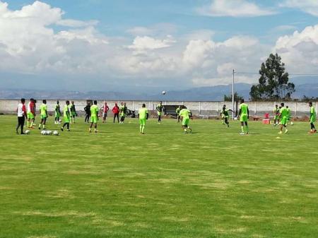 (FOTO) Técnico Universitario logró la renovación de un titular