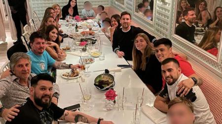 Messi compartió una foto de la cena familiar que tuvo en medio de sus vacaciones en Miami