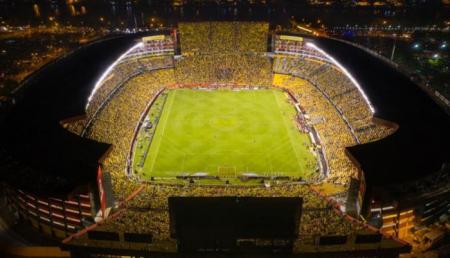 Barcelona podría contar con público en su duelo ante Vélez por Copa Libertadores