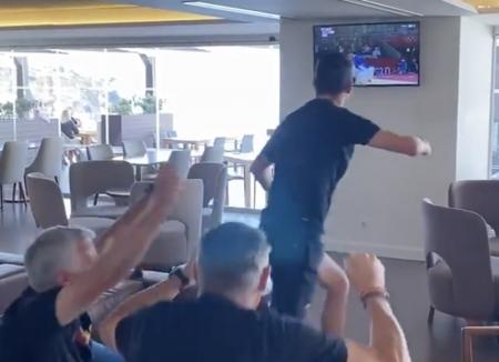 (VIDEO) Mourinho y su festejo alocado tras la primera medalla de Portugal en Tokio