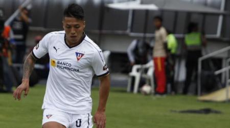 Baja en Liga de Quito; se encuentra aislado por COVID-19