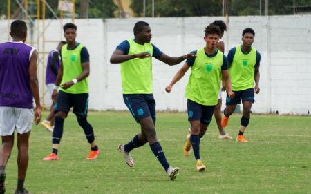 (FOTO) Ecuador Sub 20 se impone en nuevo amistoso ante Club Sport Patria