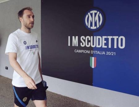 Christian Ericksen regresa a Italia a la espera de definir su futuro