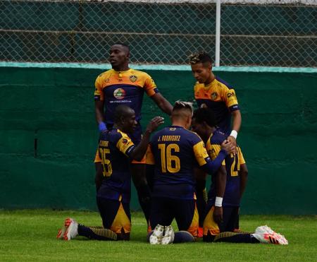 Chacaritas venció de local a Atlético Santo Domingo