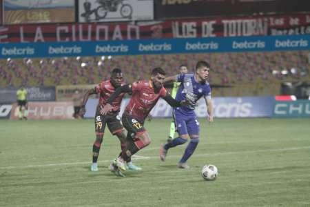 (ANÁLISIS) Deportivo Cuenca complicó a Emelec, pero no le alcanzó