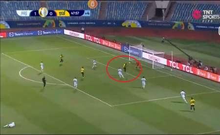(VIDEO) Las dos opciones de gol que tuvo Enner Valencia