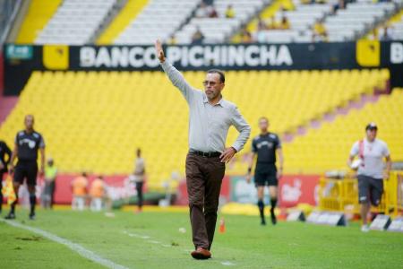 Estaría definido el futuro de 'Cheche' Hernández con Técnico Universitario