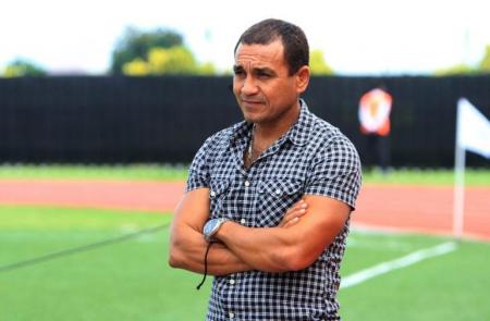 Humberto Pizarro deja de ser el DT de Chacaritas FC