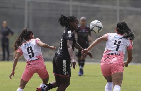 Resultados y tabla de posiciones en Superliga Femenina