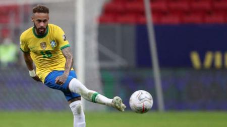 (VIDEO) Caño y jugada 'mágica' de Neymar en el Brasil - Perú