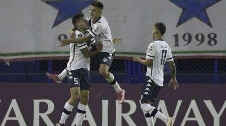 Vélez Sarsfield tendrá dos bajas en duelo de Libertadores ante Barcelona