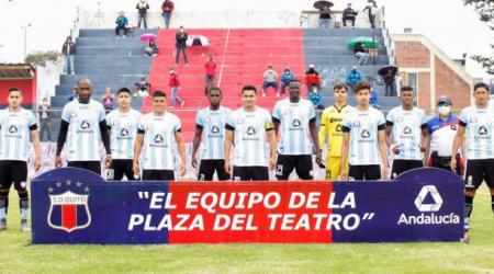 (FOTO) Deportivo Quito oficializa a su nuevo DT para Segunda Categoría