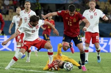 (VIDEO) España empata con Polonia y se complica en el grupo