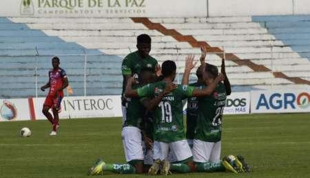 (FOTO) Refuerzo paraguayo se suma a los entrenamientos de Orense