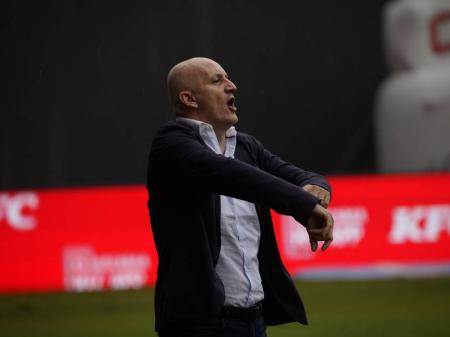 (FOTO) Anuncian acuerdo de salida de Pablo Repetto con Liga de Quito