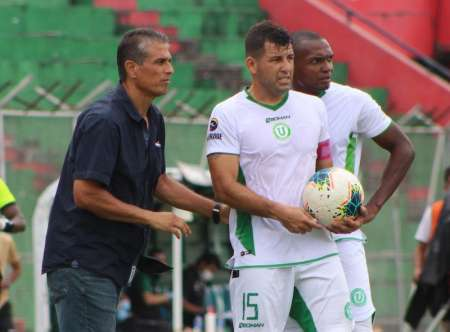 Liga de Portoviejo derrotó en casa a América de Quito