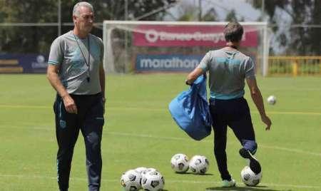 Gustavo Alfaro quiere un amistoso con una selección de Europa
