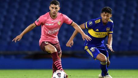 Tras jugar ante Barcelona, un jugador de Boca Juniors dio positivo por COVID-19