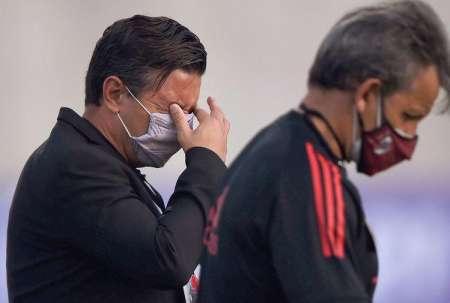 Gases lacrimógenos paralizan partido de Copa Libertadores