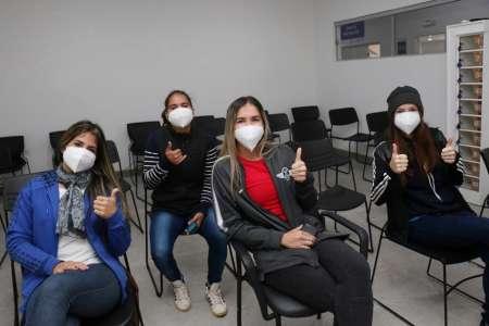 (FOTO) Fútbol femenino inició con vacunación contra Covid-19