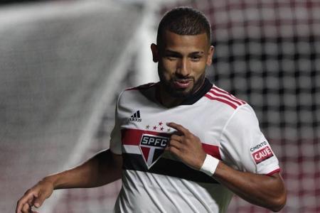 Así será el nuevo contrato de Joao Rojas