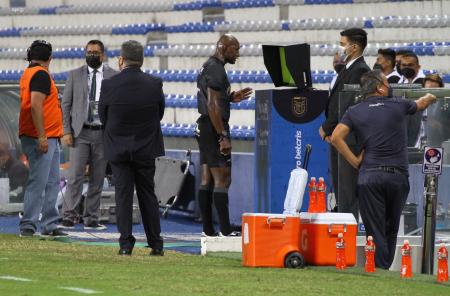 ¿Fue falta de Romario Caicedo en el gol de Zapata ante Independiente?