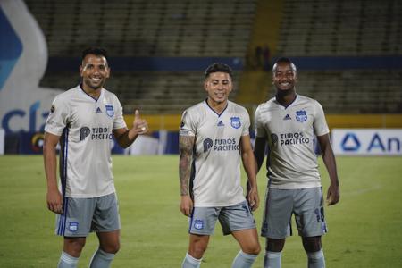 Emelec tiene cuatro futbolistas en 'capilla' por Sudamaricana