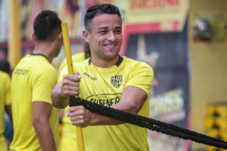 (VIDEO) Gabriel Marques volvió a los entrenamientos de Barcelona SC