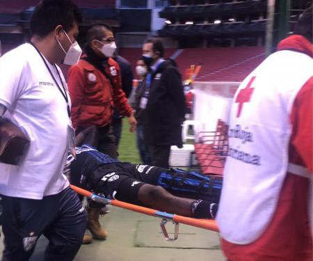(VIDEO) LAMENTABLE: Grave lesión de Beder Caicedo que se retiró entre lágrimas